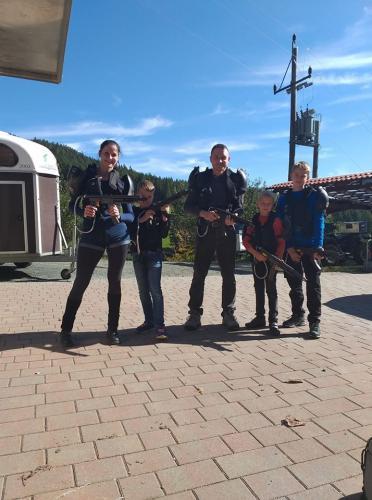 Familien Spaß beim LaZergame in Liebenfels